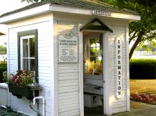Saugatuck_Interurban_Station_Info_Booth-IMG_6125-225px